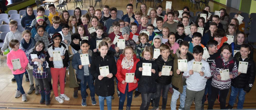 Schülerinnen und Schüler des Gymnasiums Groß Ilsede nehmen am Bolyai-Mathematik-Teamwettbewerb teil